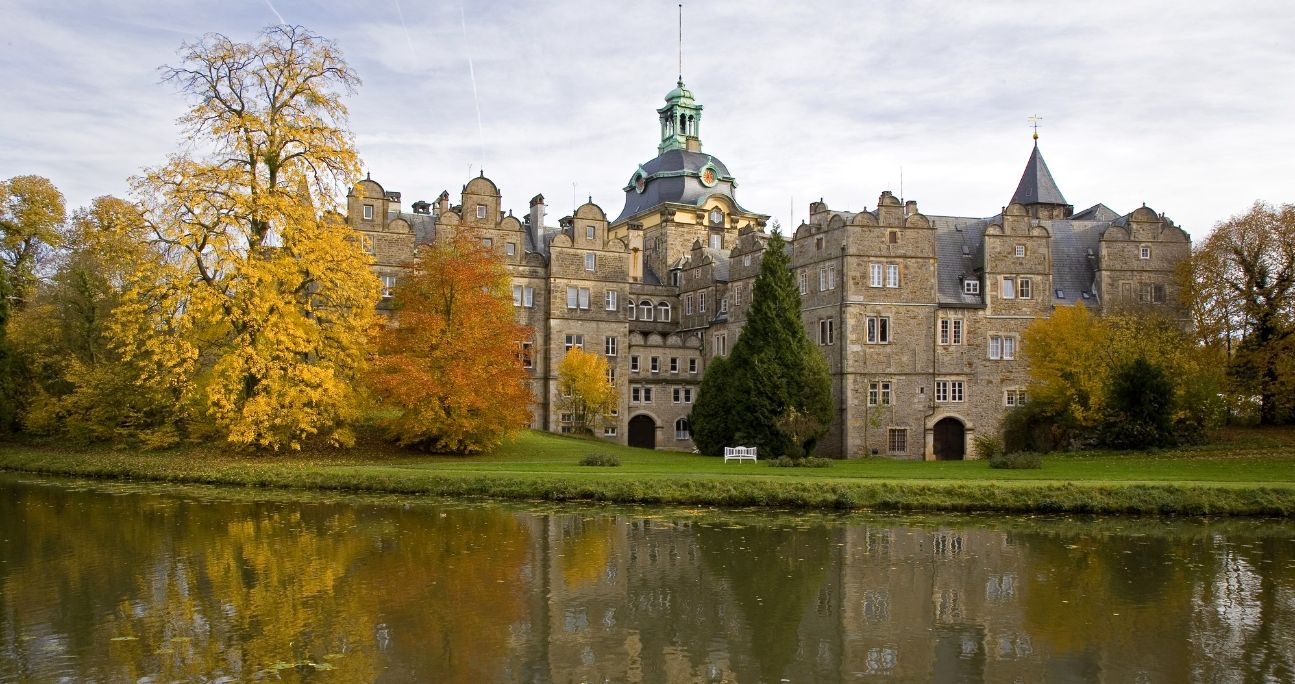 9911 Schloss Bückeburg  Herbst - Kopie